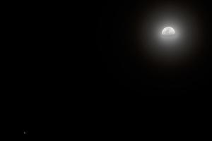 Hold/Mars együttállás