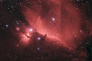 Lófej-köd, IC 434, Barnard 33 normál színpalettával