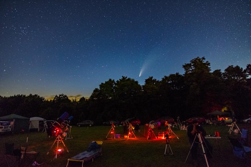 A C/2020 F3 (Neowise) üstökös a VCSE táborából