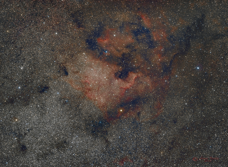 NGC7000 és környezete