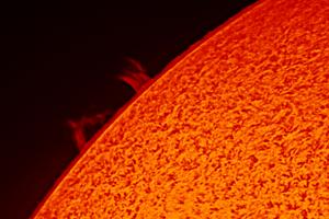 Eruptív protuberanciák a Nap felszínén