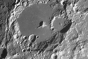 Albategnius-kráter