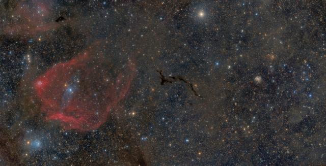 Cepheus részlet - Az Repülő Denevér-ködtől a Tűzijáték-galaxisig