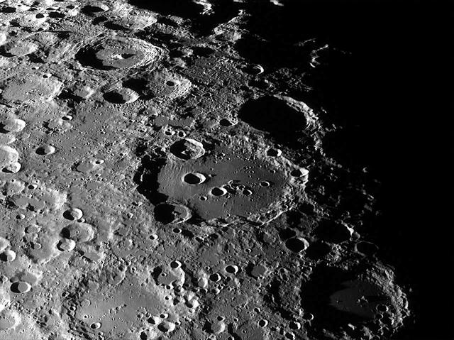 Clavius-kráter